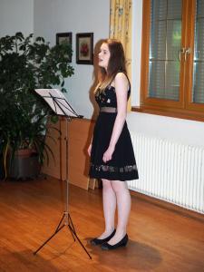 Gesangssolistin Julia Kiesl