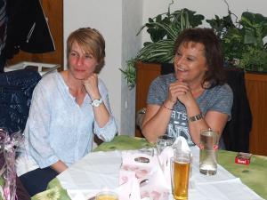 Michaela Büchsenmeister und GR Erika Ponleitner