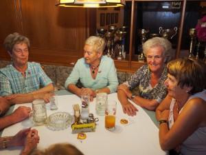 Obfrau Traude Hoffer mit weiteren Gästen vom Pensionistenverband