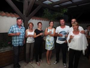 GR Alexander Schmid (Schierl) aus Enzesfeld mit Gattin und Freunden