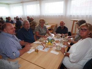 Ex-Bgm. Gisela Strobl aus Hirtenberg mit Gästen